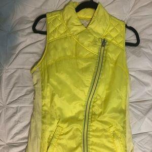 Yellow! Lululemon puffer vest - reversible